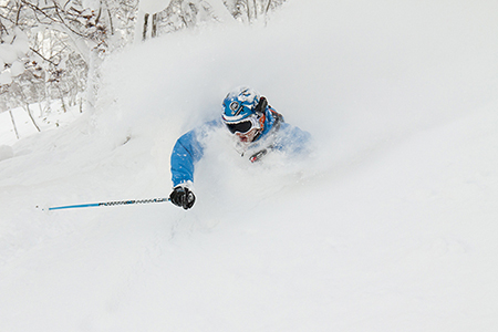 niseko-jan-skiing2.jpg